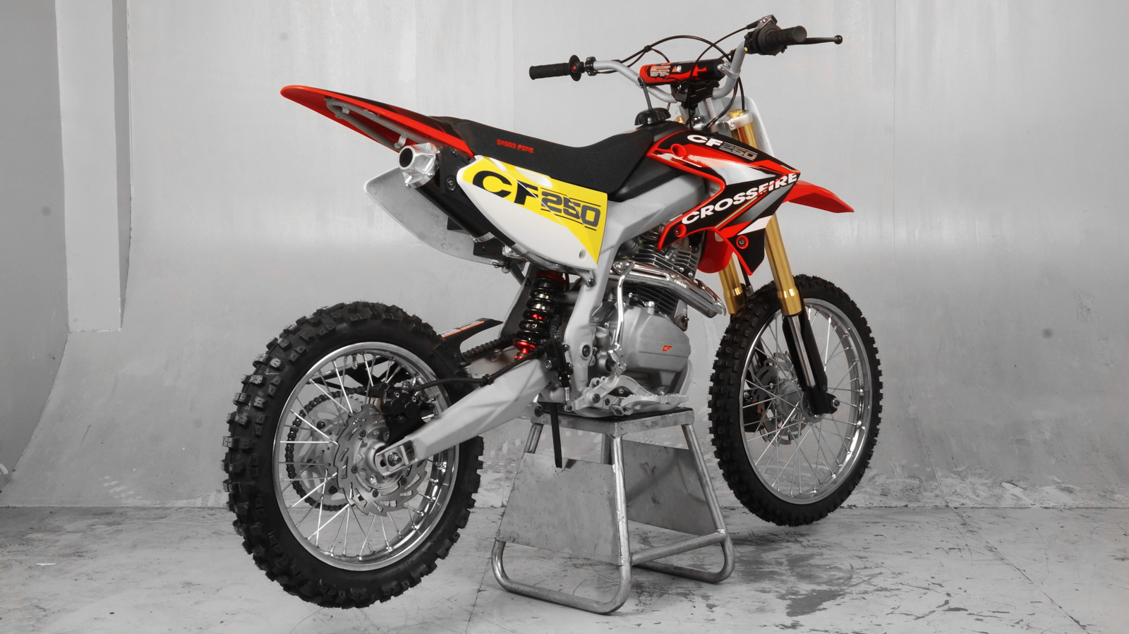 crossfire motorcycles cf250 2500cc dirt bike. Black Bedroom Furniture Sets. Home Design Ideas