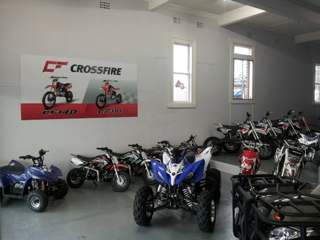 crossfire motorcycles new showroom for crossfire tamworth dealer auto moto garage. Black Bedroom Furniture Sets. Home Design Ideas