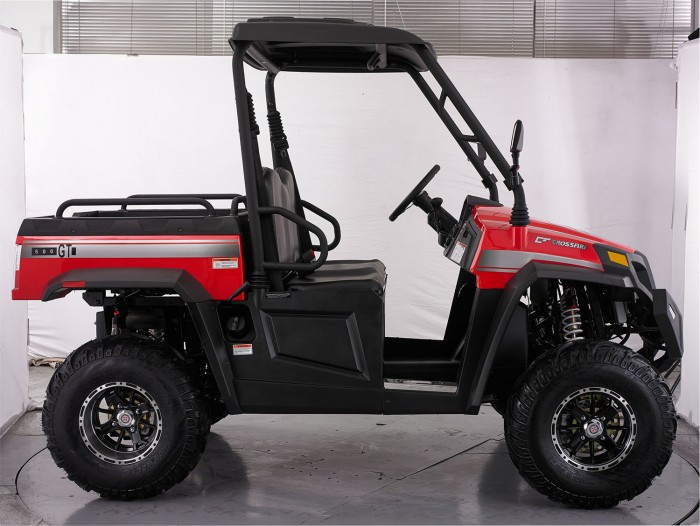 crossfire-500gt-atv-red-side-profile-steering-wheel-4